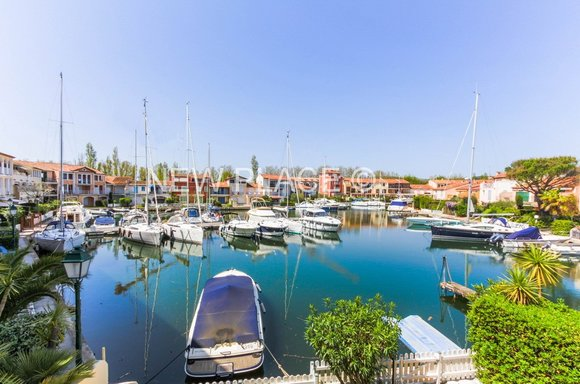 Port Grimaud & Marina Real Estate | New Place